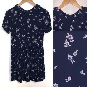 Forever 21 Floral Collared Prarie Dress